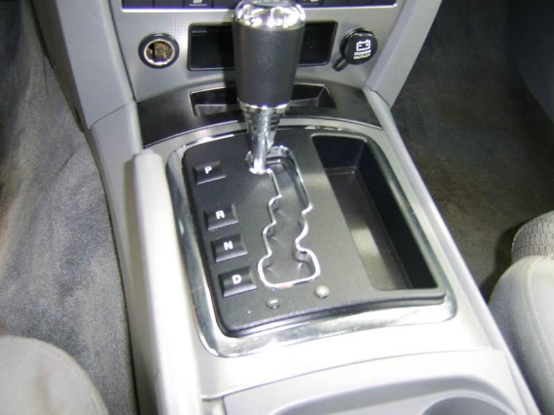 2006 Jeep Commander Base 4dr SUV 4WD - Crystal Lake IL