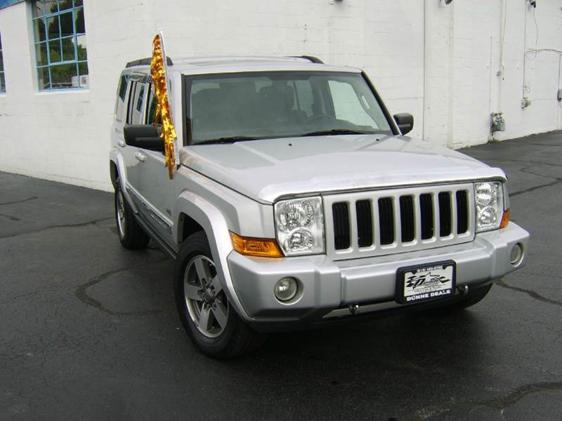 2006 Jeep Commander 4dr SUV 4WD - Crystal Lake IL