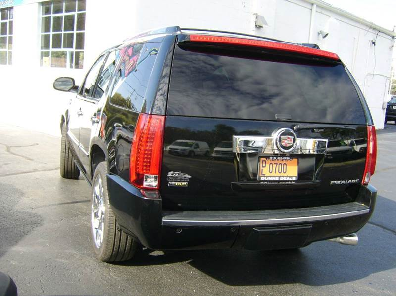 2009 Cadillac Escalade AWD 4dr SUV w/V8 Ultra Luxury Collection - Crystal Lake IL