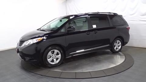 2017 Toyota Sienna for sale in Hillside, NJ