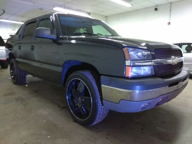 2003 chevrolet avalanche z71 in wauconda il supreme carriage contact sciox Image collections