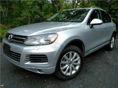 2012 Volkswagen Touareg for sale in Palatine, IL