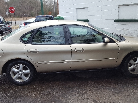 2001 ford taurus for sale in michigan. Black Bedroom Furniture Sets. Home Design Ideas