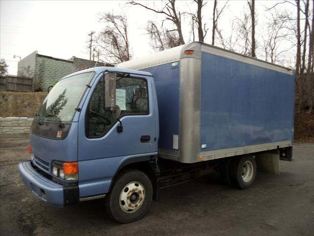 2001 Isuzu NPR for sale in Washington PA