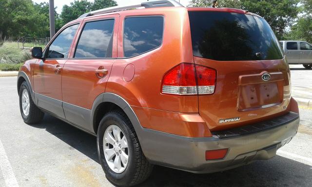 2009 Kia Borrego LX 4dr SUV - San Antonio TX