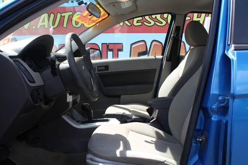 2011 Ford Focus SE 4dr Sedan - Hamilton OH