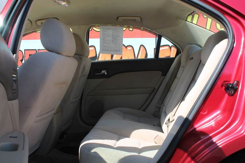 2006 Ford Fusion I4 SE 4dr Sedan - Hamilton OH
