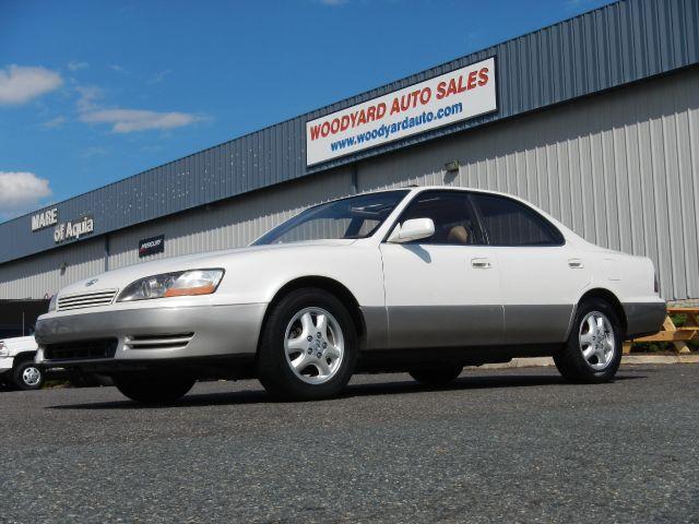 1996 Lexus ES 300 for sale in Fredericksburg VA