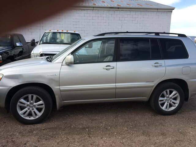 2006 toyota highlander hybrid awd 4dr suv in pueblo co pyramid motors public auto auction. Black Bedroom Furniture Sets. Home Design Ideas