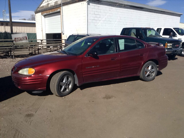 2002 pontiac grand am se1 4dr sedan in pueblo co pyramid motors public auto auction. Black Bedroom Furniture Sets. Home Design Ideas