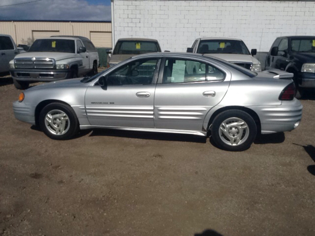 2002 pontiac grand am se 4dr sedan in pueblo co pyramid motors public auto auction. Black Bedroom Furniture Sets. Home Design Ideas