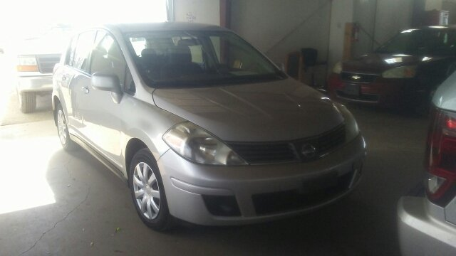 Nissan versa for sale in pueblo co for Mercado motors pueblo co