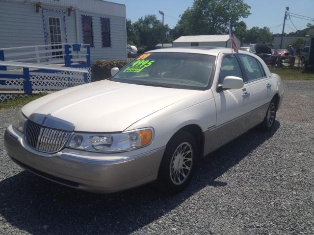1999 Lincoln Town Car