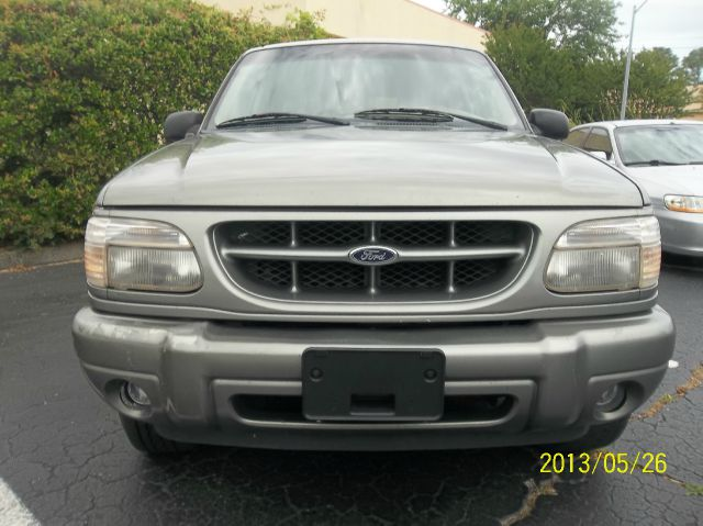 2000 Ford Explorer Limited AWD - Wilmington NC