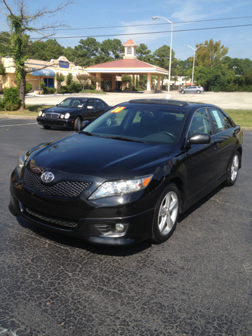 2010 Toyota Camry SE 6-Spd AT - Wilmington NC