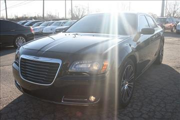 2013 Chrysler 300 for sale in Wayne, MI