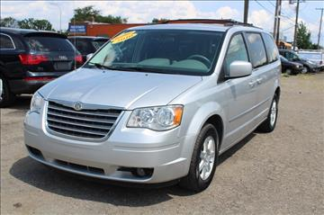 2010 Chrysler Town and Country for sale in Wayne, MI