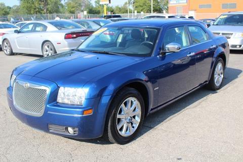 2010 Chrysler 300 for sale in Wayne, MI