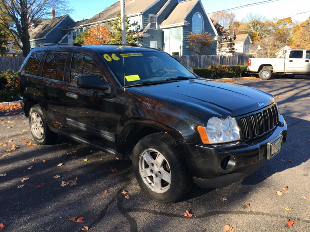 2006 jeep grand cherokee for sale in hyannis ma. Black Bedroom Furniture Sets. Home Design Ideas