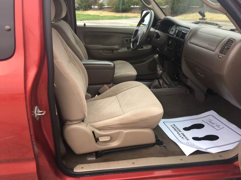 2003 Toyota Tacoma 2dr Xtracab 4WD SB - Imperial MO