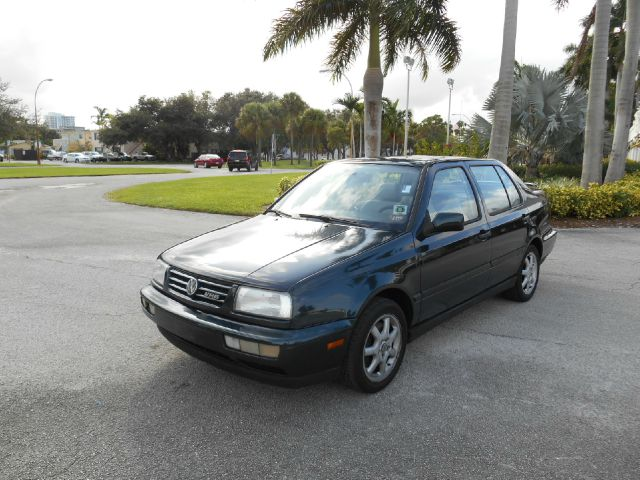 1999 VOLKSWAGEN JETTA GLX unspecified abs brakesair conditioningalloy wheelsamfm radioanti-br