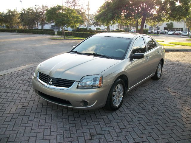 2008 MITSUBISHI GALANT ES unspecified super clean inand out clean title drives great abs brakes