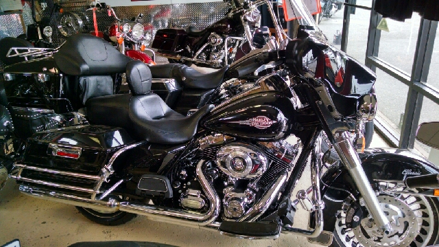 2013 HARLEY-DAVIDSON ELECTRA GLIDE UNSPECIFIED black 2013 electra glide classic chrome engine gua