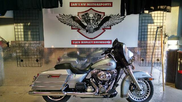 2012 HARLEY-DAVIDSON ULTRA CLASSIC ELECTRA GLIDE UNSPECIFIED silver this is a great ultra classic