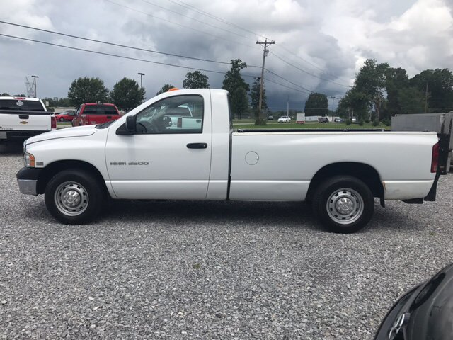 2004 Dodge Ram Pickup 2500 2dr Regular Cab ST Rwd LB - Maryville TN