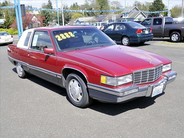 Used 1991 cadillac fleetwood for sale for Paramount motors taylor mi