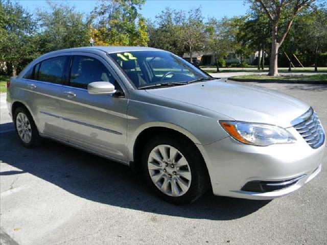 2012 CHRYSLER 200 LX silver a must see vehicle  runs like new clean title non smoker