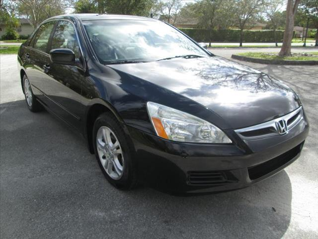 2007 HONDA ACCORD EX black a must see vehicle low miles clean title leather interior
