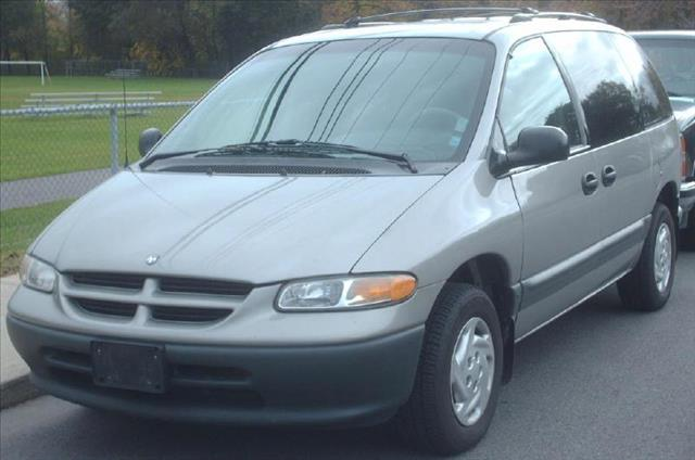 2000 DODGE GRAND CARAVAN silver managers special a must see vehicle low interest rate