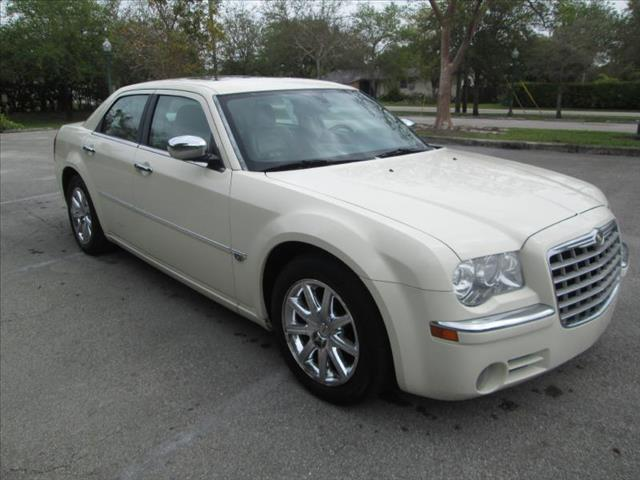 2007 CHRYSLER 300C white non smoker super nice 300 hemi leather interior power package