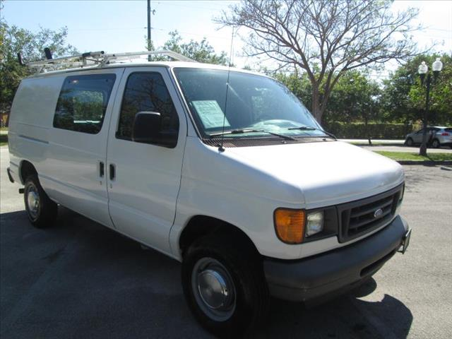 2006 FORD ECONOLINE E250 VAN white special of the weekheavy supercargo van clean title