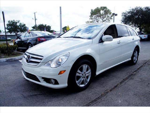 2007 MERCEDES-BENZ R-CLASS white air conditioning power windows power locks power steering til