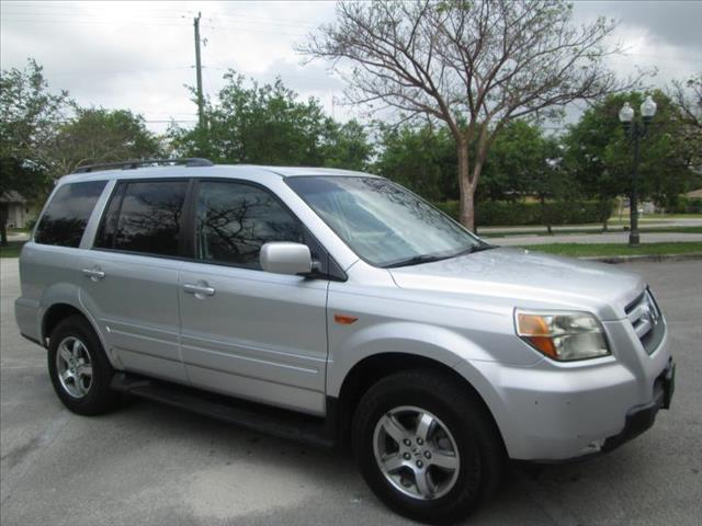 2006 HONDA PILOT silver clean title one owner runs like new no accidents power packa