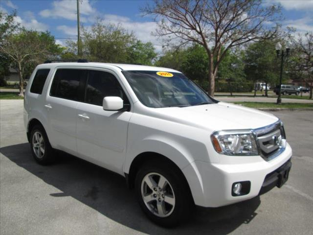 2011 HONDA PILOT EX white very nice suv two tone seats excellent for trips 3rd row s