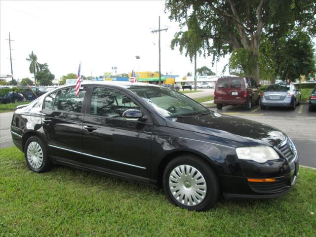 2007 VOLKSWAGEN PASSAT black managers special  state of the art passat runs like new