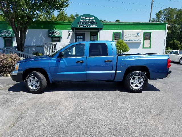 2005 DODGE DAKOTA SLT 4DR QUAD CAB 4WD SB blue axle ratio - 355 bed liner center console - fro