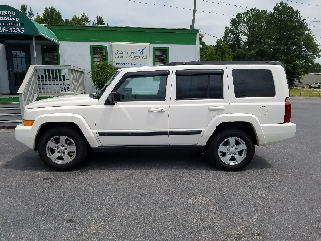 2008 JEEP COMMANDER SPORT 4X4 4DR SUV white 2-stage unlocking doors 4wd type - full time abs -