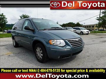 2006 Chrysler Town and Country for sale in Thorndale, PA