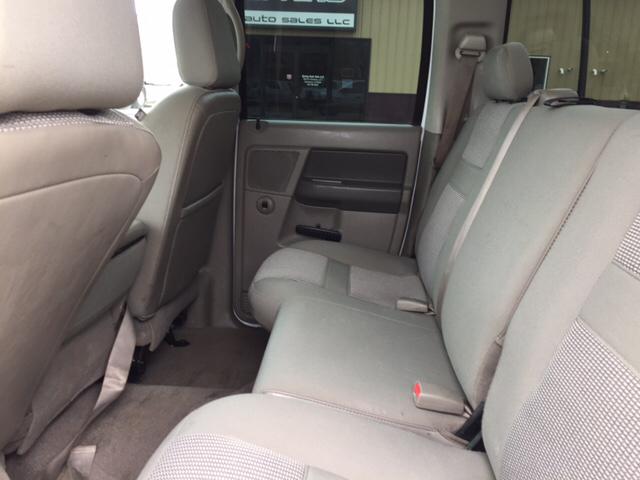 2008 Dodge Ram Pickup 3500 Laramie 4dr Quad Cab 4WD LB - Davenport IA