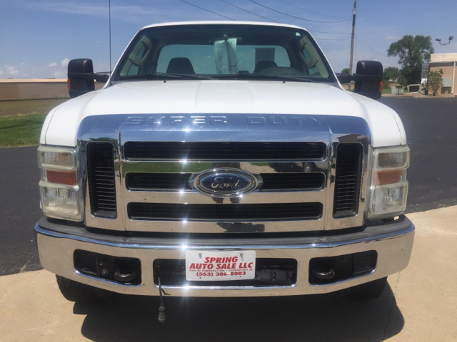 2008 Ford F-250 Super Duty XLT 2dr Regular Cab 4WD LB - Davenport IA