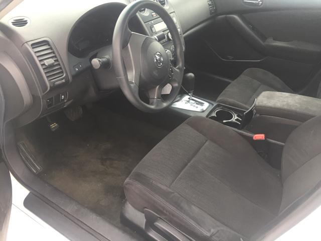 2012 Nissan Altima 2.5 S 4dr Sedan - Davenport IA