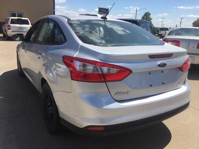 2014 Ford Focus SE 4dr Sedan - Davenport IA