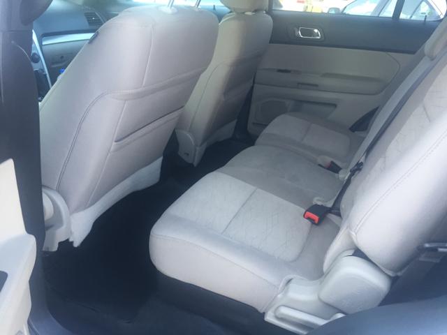 2014 Ford Explorer AWD 4dr SUV - Davenport IA