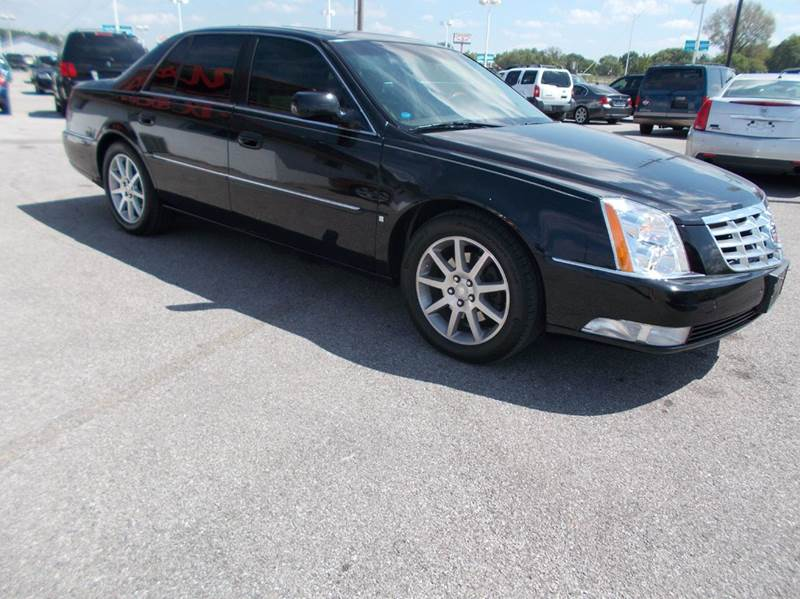 2006 cadillac dts performance 4dr sedan in cahokia il. Black Bedroom Furniture Sets. Home Design Ideas