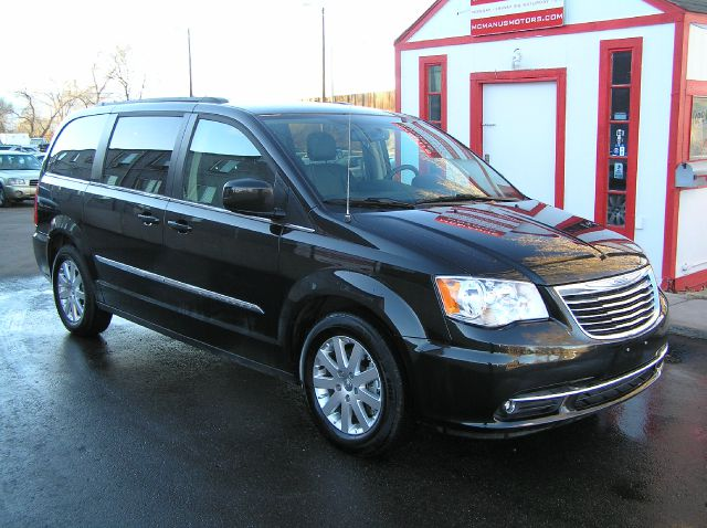 Used 2014 Chrysler Town And Country Touring In Wheat Ridge Co At