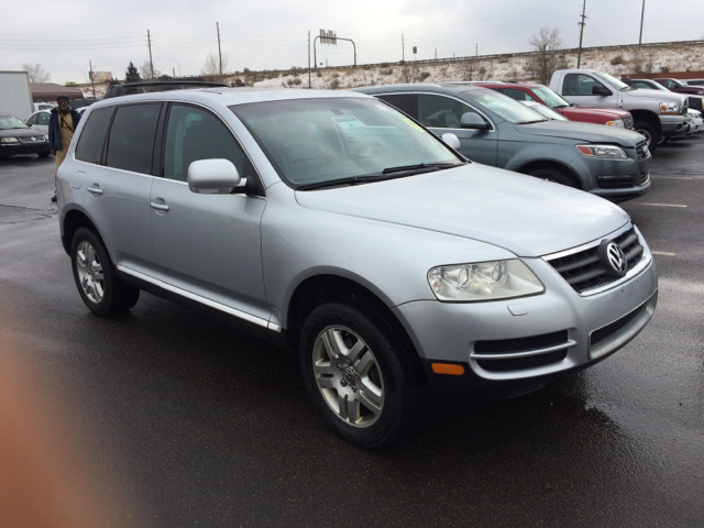 2004 volkswagen touareg v8 awd 4dr suv in wheat ridge co mcmanus motors. Black Bedroom Furniture Sets. Home Design Ideas